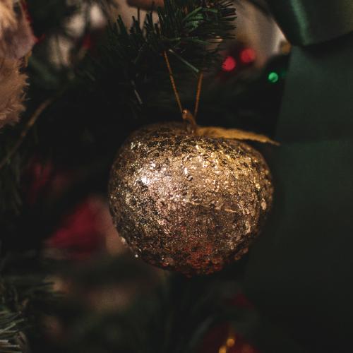 Новогодний декор «Golden apple»