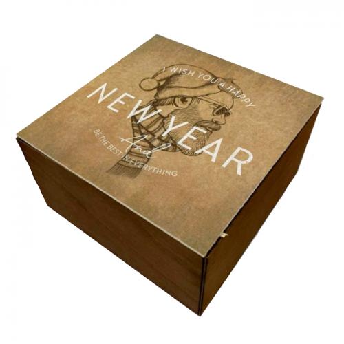 Подарочный новогодний ящик