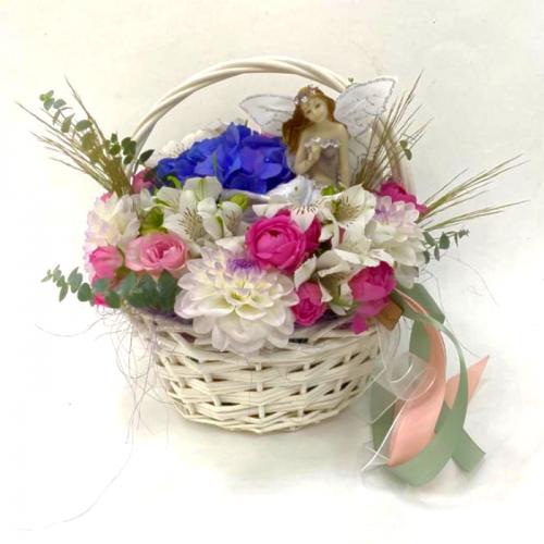 Цветочная композиция «Детская корзинка»