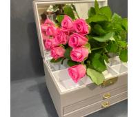 9 крымских роз