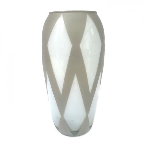 "Стеклянная ваза ""Ромбы"" класса LUX"
